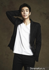 Interview with Lee Hyun Woo