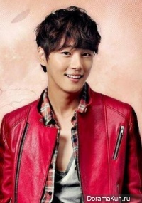 Interview with Yoon Si Yoon
