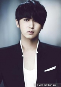 Interview with Heo Young Saeng