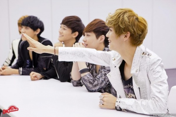 EXO-M Interview Taiwan Yahoo Celebrity Entertainment