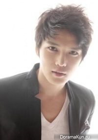 Interview with Hero Jae Joong (JYJ) - KpopStarz