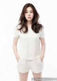 Lee Moon Jung