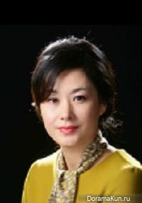 Lee Hwa Young
