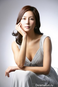 Hwang In Young