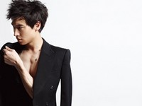 Lee Je Hoon для Officiel Hommes Korea 2011