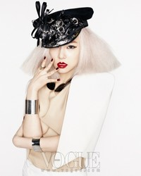 SNSD для Vogue Korea April 2011